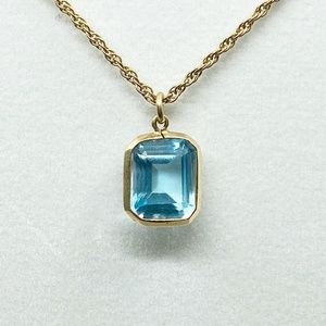 14k gold blue aquamarine pendant #95